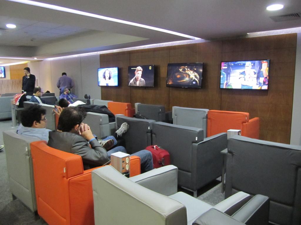 Gol Smiles 24hr Lounge Sala VIP T2 - GRU-01