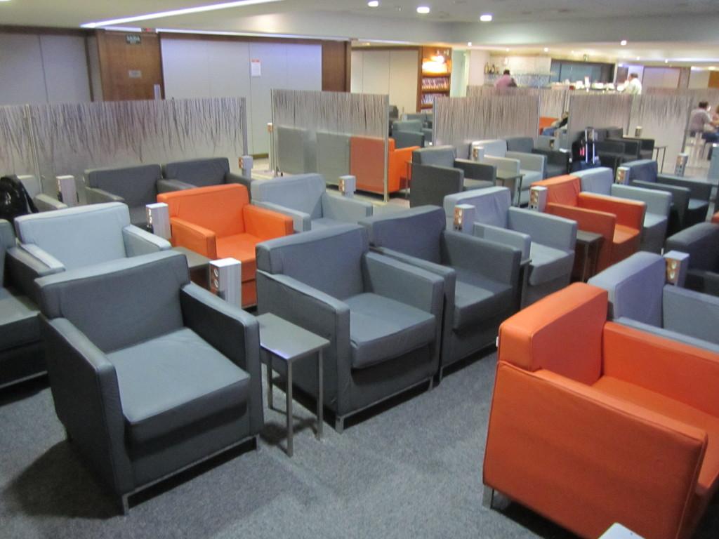 Gol Smiles 24hr Lounge Sala VIP T2 - GRU-04
