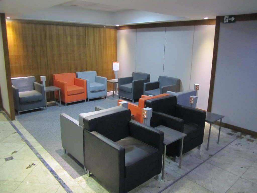 Gol Smiles 24hr Lounge Sala VIP T2 - GRU-06