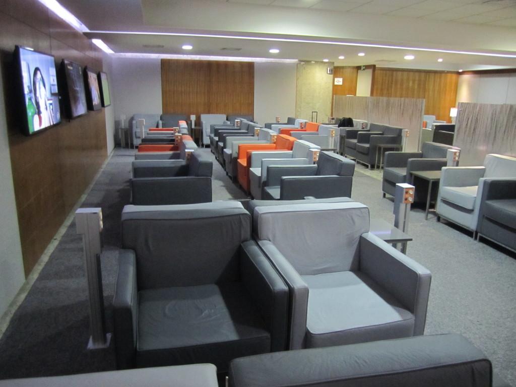 Gol Smiles 24hr Lounge Sala VIP T2 - GRU-30