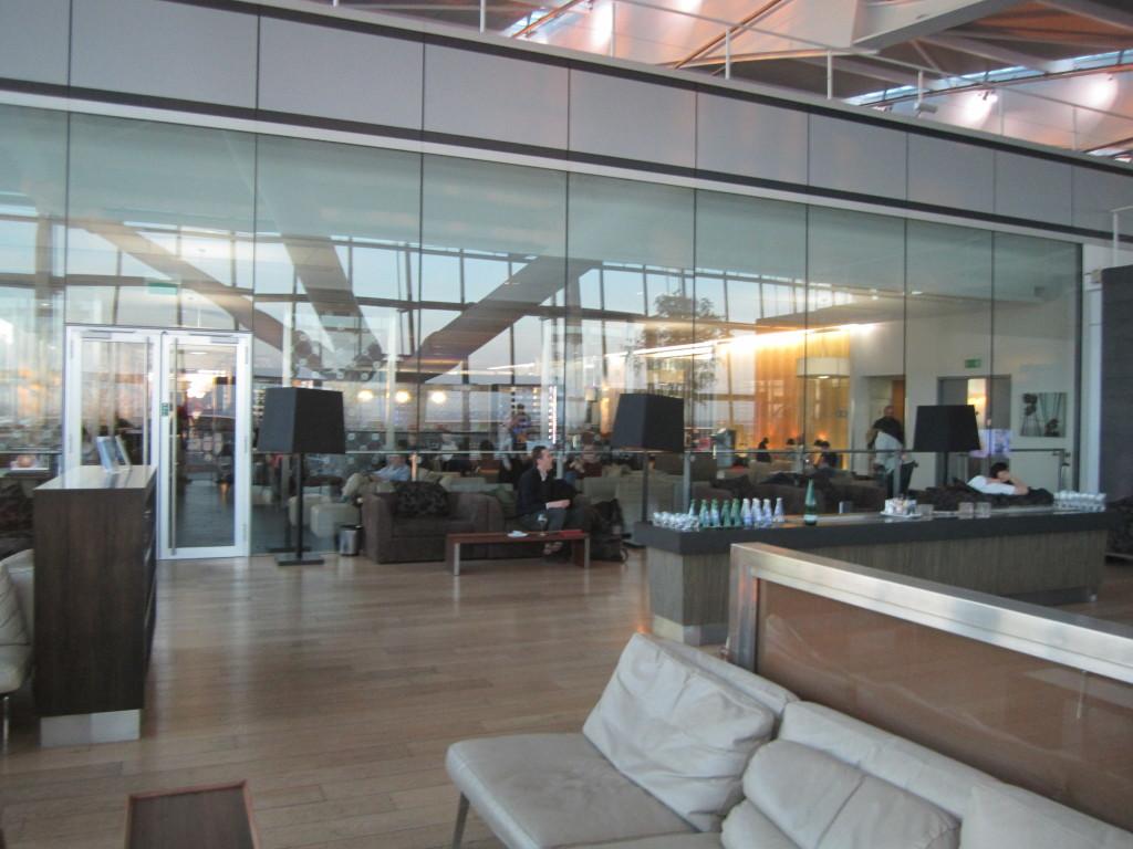 Galleries First British Airways Lounge Heathrow 2015-20