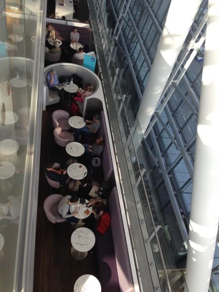 Galleries First British Airways Lounge Heathrow 2015-45