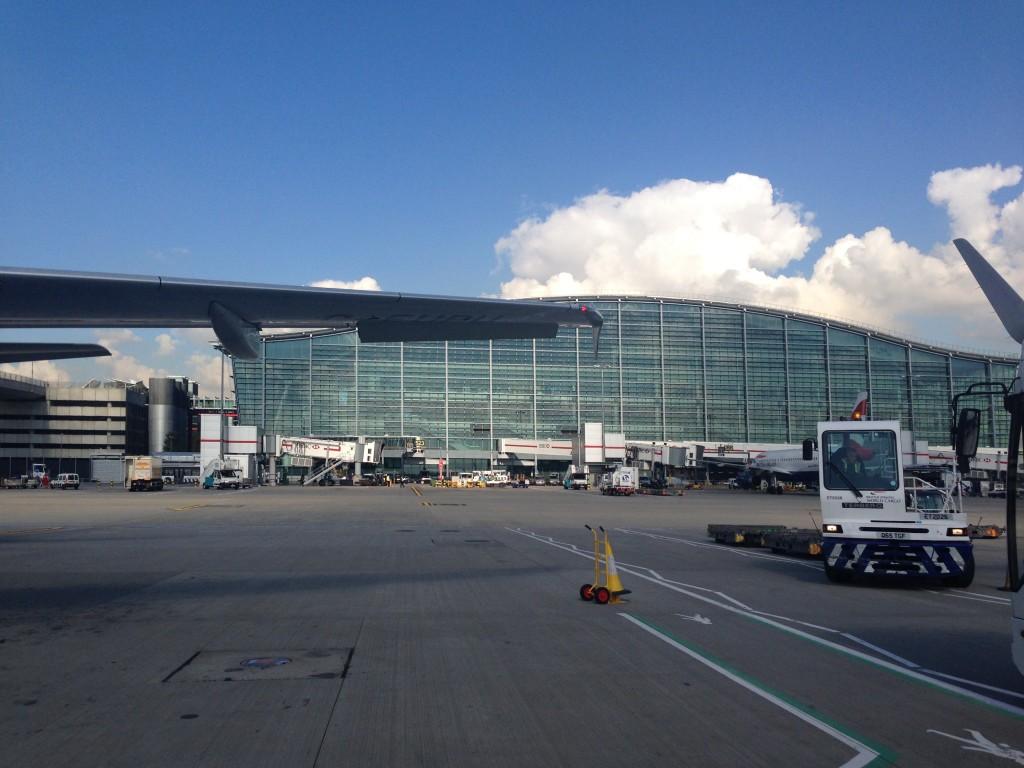 Galleries First British Airways Lounge Heathrow 2015-54