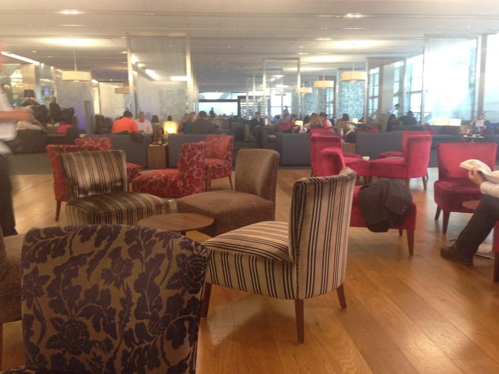 Galleries First British Airways Lounge Heathrow 2015-58